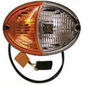 Lampe John Deere côté droit